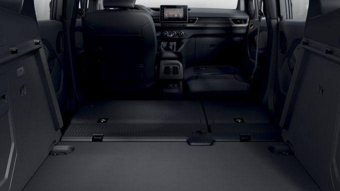 Nuova Renault Kangoo 2021: lo spazio utile con tutti i sedili abbassati