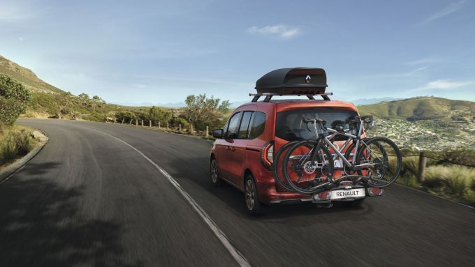 Nuova Renault Kangoo 2021: visuale da dietro