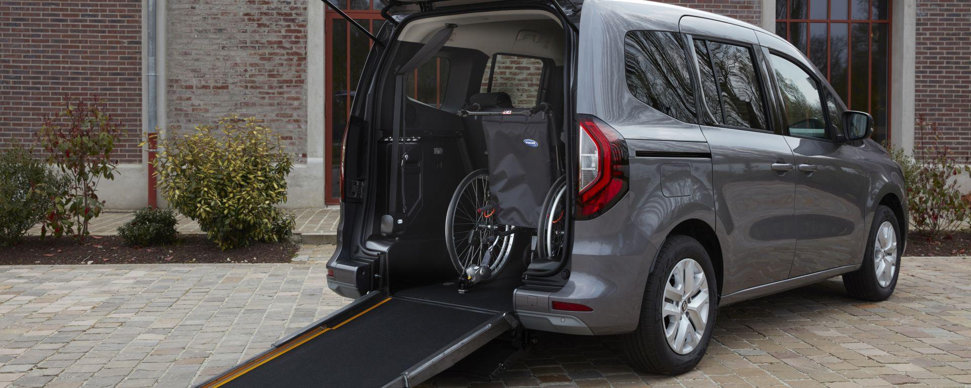 Nuova Renault Kangoo TPMR, professionista di mobilità ridotta