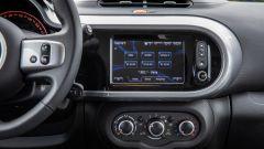 Nuova Renault Twingo GPL 2018: l'R-Link Evolution di serie su Duel2