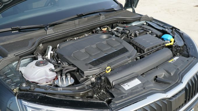 Nuova Skoda Scala 1.6 TDI DSG Style: il motore da 116 CV e 250 Nm