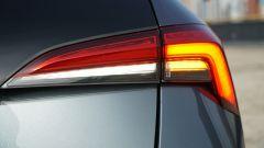 Nuova Skoda Scala 1.6 TDI Style DSG: il fanale posteriore a led con indicatori di direzione dinamici