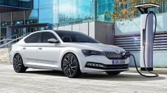 Nuova Skoda Superb Plug-in Hybrid