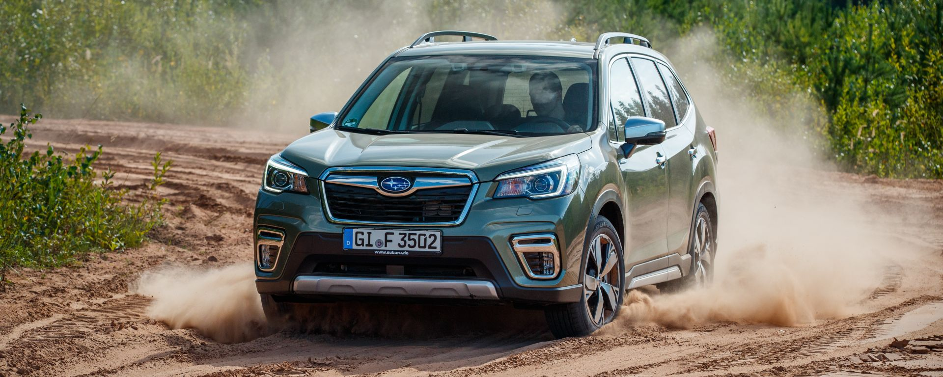 Nuova Subaru Forester e-Boxer, l'ibrida da off-road. Il test
