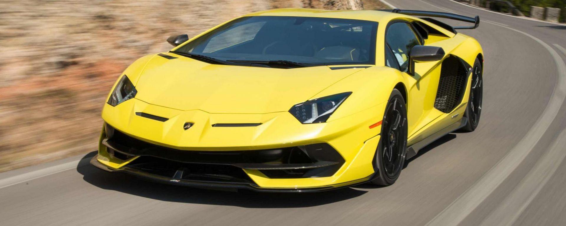 Nuova supercar Lamborghini 2022: potrebbe montare un motore ibrido come la Sian