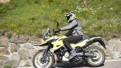 Nuova Suzuki V-Strom 1050: la XT nel colore iconico giallo