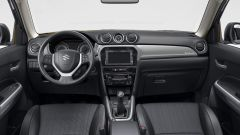 Nuova Suzuki Vitara Hybrid plancia