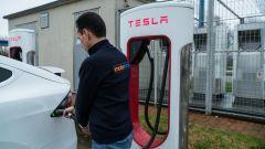 Nuova Tesla Model X: elettrizzante su strada, ma nei consumi?  - Immagine: 25