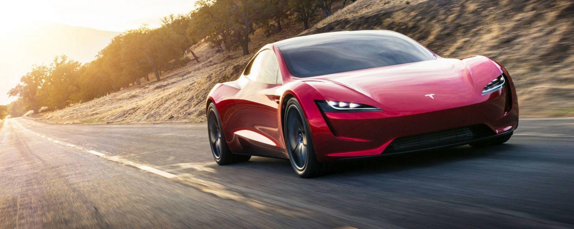 Nuova tesla roadster 2020 prezzo prestazioni scheda for 2 5 box auto