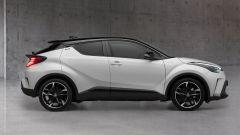 Toyota C-HR GR Sport, un Suv coupé inc***ato nero. Il prezzo - Immagine: 5