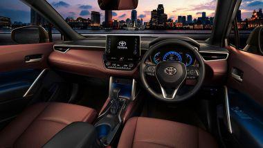 Nuova Toyota Corolla Cross: la plancia
