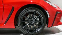 Nuova Toyota GR 86: cerchi in lega leggera da 18