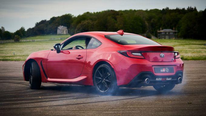 Nuova Toyota GR 86: presentazione dinamica al festival della velocità di Goodwood 2021