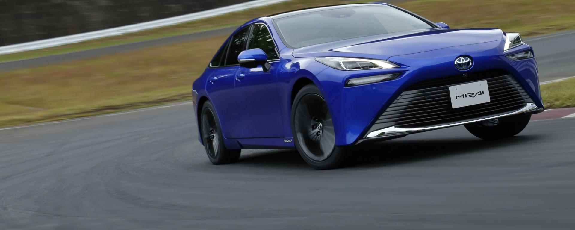Nuova Toyota Mirai