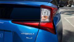 Nuova Toyota Prius AWD-e 2019: dettaglio del gruppo ottico posteriore