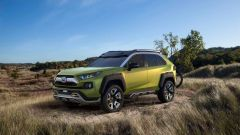 Nuova Toyota RAV4 2019: ecco la foto spia del SUV Toyota - Immagine: 3