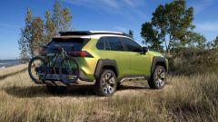 Nuova Toyota RAV4 2019: ecco la foto spia del SUV Toyota - Immagine: 4