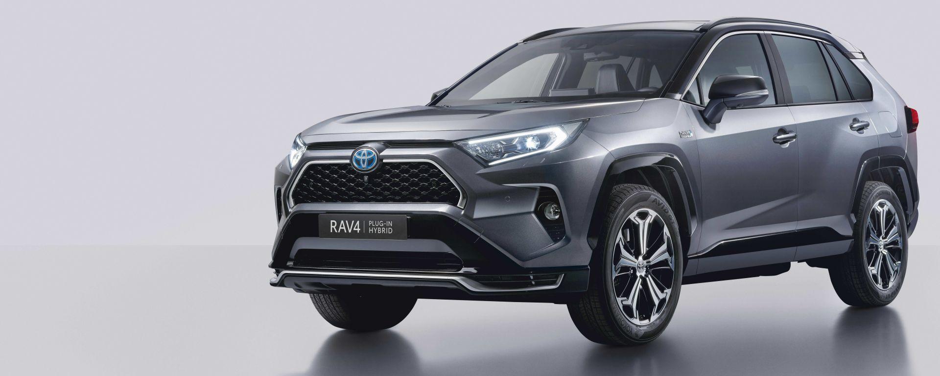 Nuova Toyota RAV4 Plug-in Hybrid