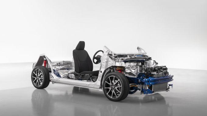 Nuova Toyota Yaris 2020, la piattaforma TNGA-B a nudo