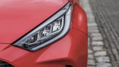 Nuova Toyota Yaris Hybrid, fari anteriori