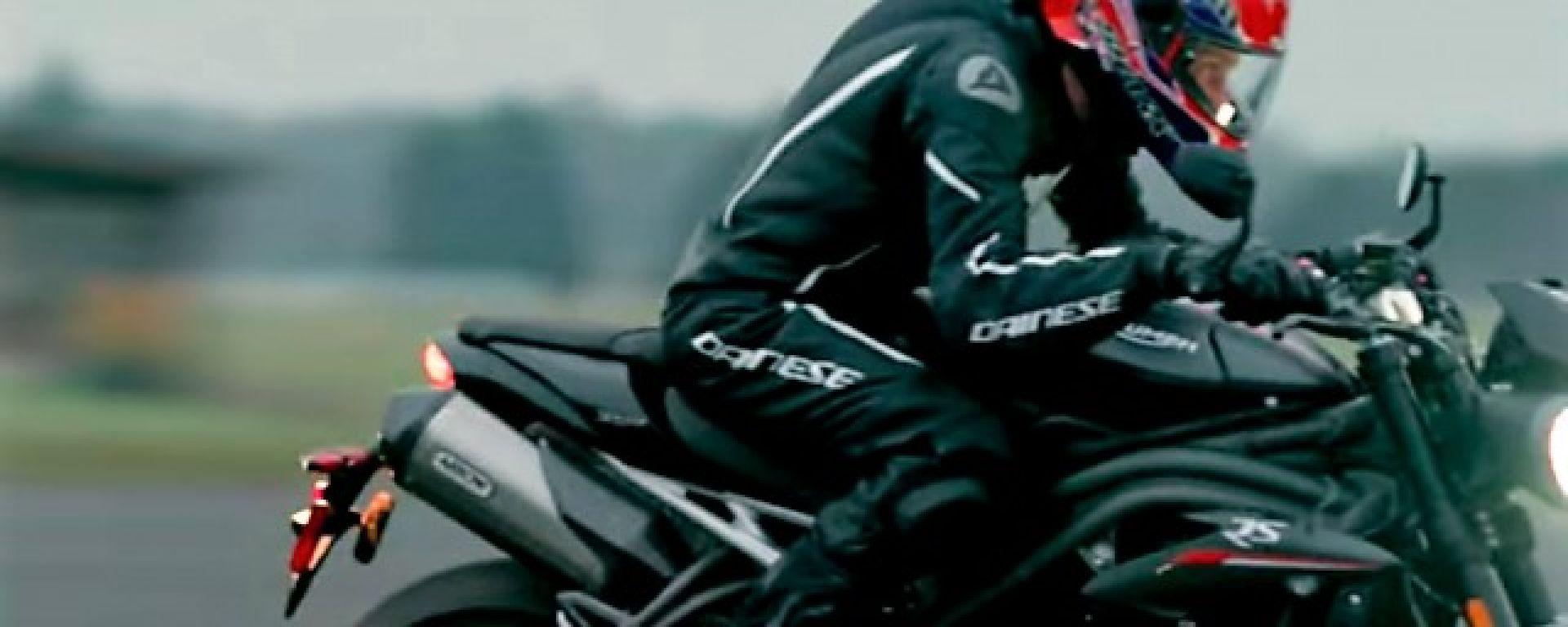 Nuova Triumph Speed Triple: in questo video si vede meglio