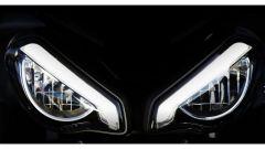Nuova Triumph Street Triple RS 2020: il frontale con i nuovi fari