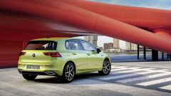 Nuova Volkswagen Golf 2020: look familiare, tante novità