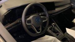 Nuova Volkswagen Golf 2020: particolare degli interni