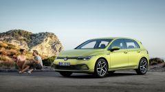 Nuova Volkswagen Golf 2020: visuale di 3/4 anteriore