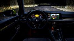 Al volante della nuova Golf 8: la prova su strada - Immagine: 24