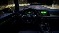 Al volante della nuova Golf 8: la prova su strada - Immagine: 25