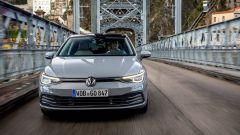 Video prova della nuova VW Golf 8 (2020)