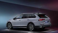 Nuova Volkswagen Golf Alltrack: 3/4 posteriore