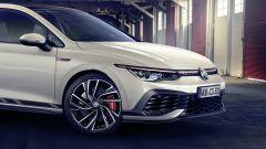 Nuova Volkswagen Golf GTI Clubsport: dettagli anteriore