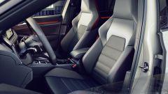 Nuova Volkswagen Golf GTI Clubsport: posto guida