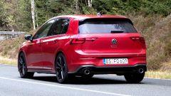 Nuova Volkswagen Golf GTI, vista di 3/4 posteriore