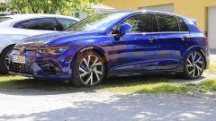 Nuova Volkswagen Golf R (2021), foto spia