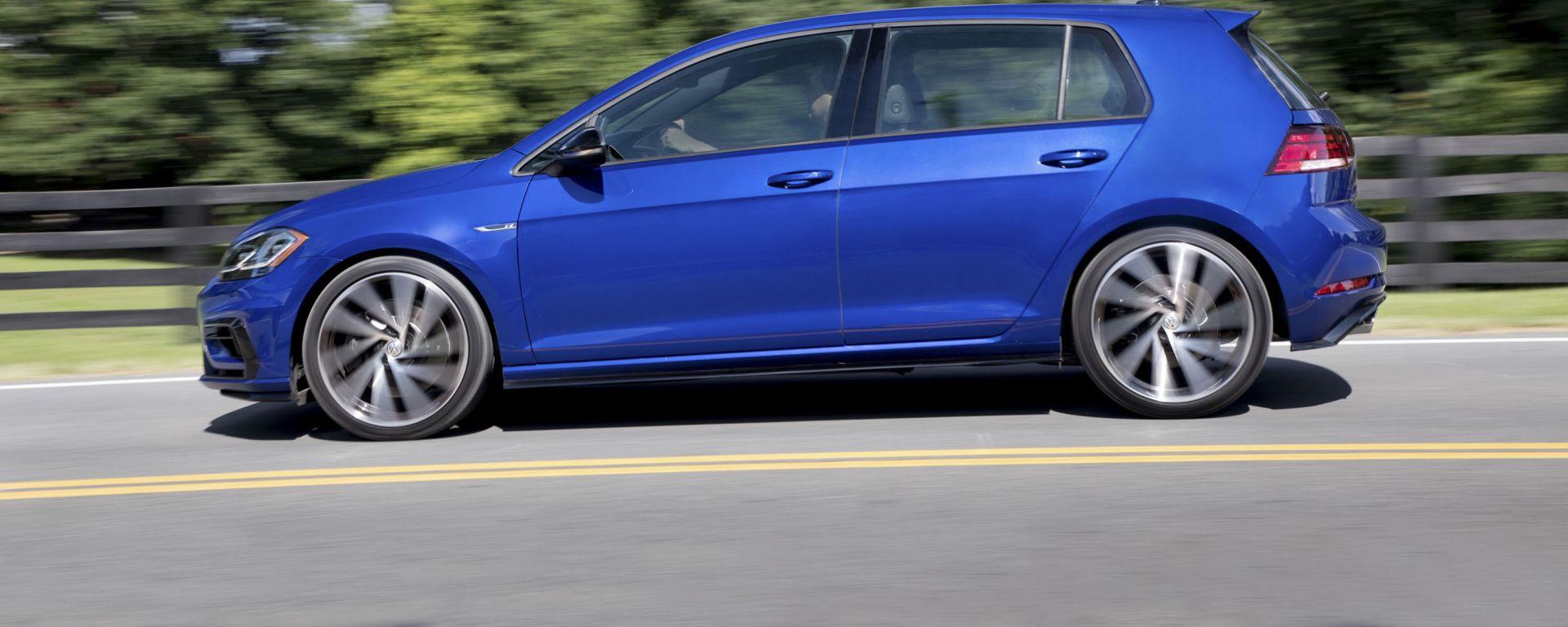 Nuova Volkswagen Golf R, 333 cv di potenza