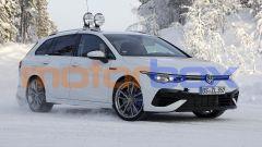 Nuova Volkswagen Golf R Variant: la famigliare tedesca diventa super sportiva