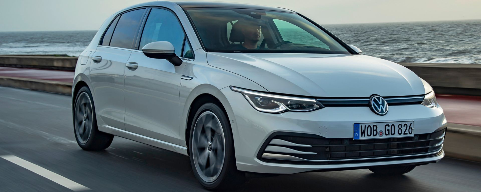 Nuova Volkswagen Golf TGI