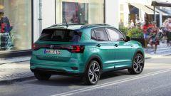 Volkswagen T-Cross, via agli ordini. Prezzi da 17.975 euro - Immagine: 2