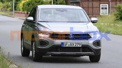 Nuova Volkswagen T-Roc: fari e griglia diversi da oggi