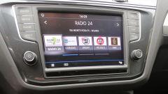 Nuova Volkswagen Tiguan 1.6 TDi: il display touch da 8 pollici è di serie