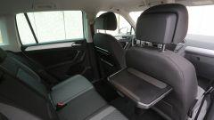 Nuova Volkswagen Tiguan 1.6 TDi: il tavolinetto pieghevole è di serie