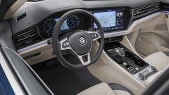 Nuova Volkswagen Touareg 2018: salto di categoria - Immagine: 32