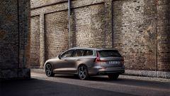 Nuova Volvo V60 D4 Inscription: una V90 in formato ridotto - Immagine: 11