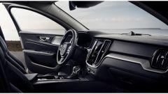Nuova Volvo V60 D4 Inscription: una V90 in formato ridotto - Immagine: 9