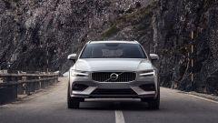 Nuova Volvo V60 Cross Country, la familiare entra nel bosco - Immagine: 6
