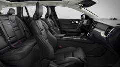 Nuova Volvo V60 Cross Country, la familiare entra nel bosco - Immagine: 11