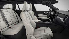 Nuova Volvo V60 Cross Country, la familiare entra nel bosco - Immagine: 14